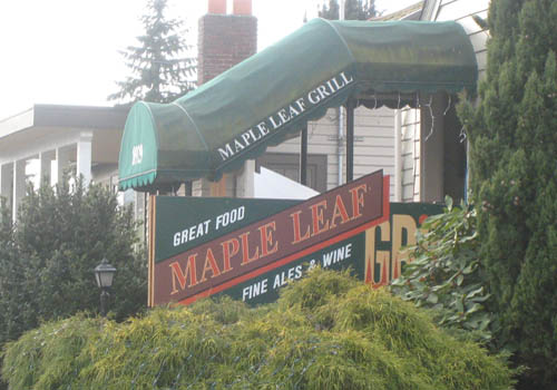 Maple Leaf – Bar and Grill
