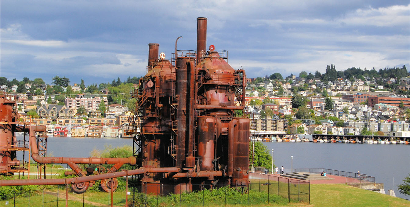 Seattle_Skyline-gasworks