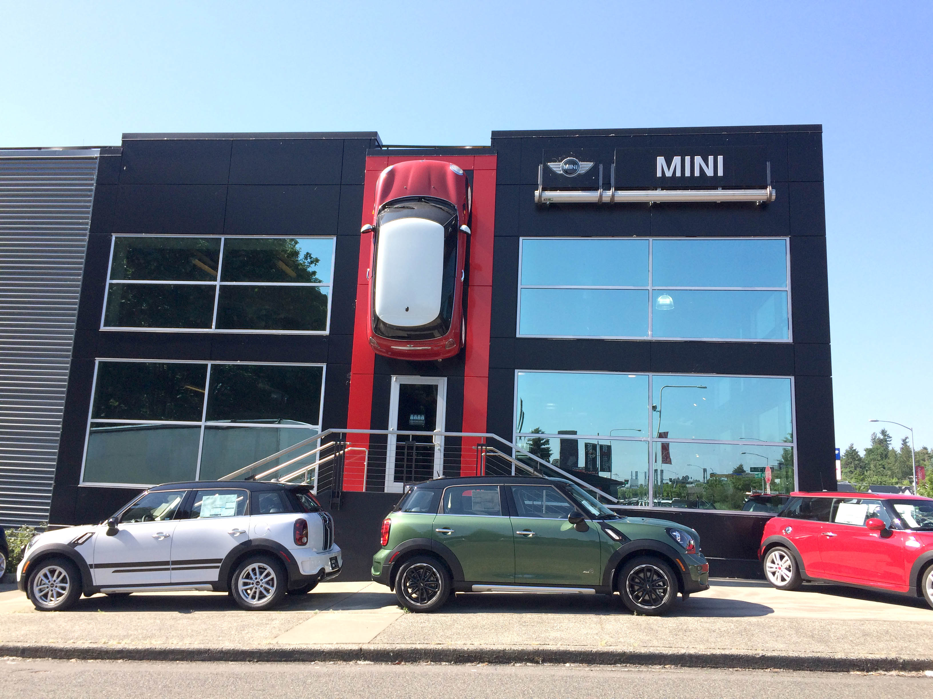 Lake City MINI Car Dealership